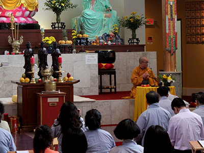 http://people.carleton.edu/~cborn/omeka/Phat-An_Temple/PA_BuddhistMaster.jpg