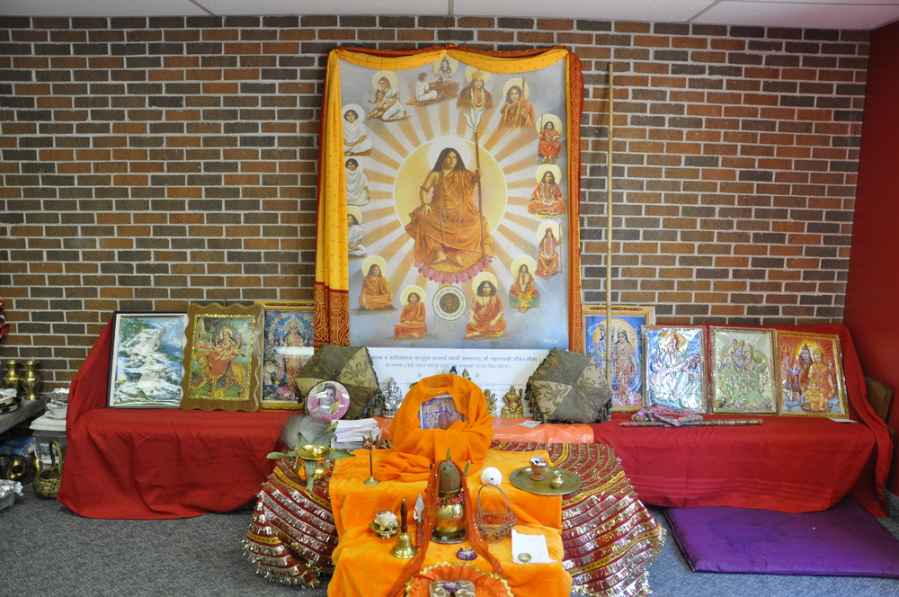 Guru Maharaj visiting Hindu Milan Mandir, Farmington