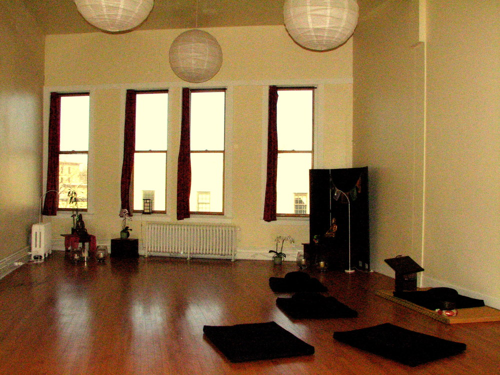 http://people.carleton.edu/~cborn/omeka/Northfield_Buddhist_Meditation_Center/NBMC_Meditation_Area2.jpg