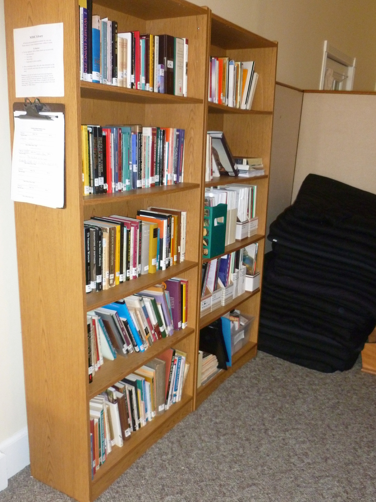 http://people.carleton.edu/~cborn/omeka/Northfield_Buddhist_Meditation_Center/NBMC_Library1.jpg