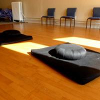 http://people.carleton.edu/~cborn/omeka/Northfield_Buddhist_Meditation_Center/NBMC_Mats_Pillows_and_Chairs2.jpg