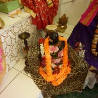 http://people.carleton.edu/~cborn/Minnesota_Hindu_Milan_Mandir/MHMM_Lingum.png