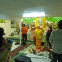 http://people.carleton.edu/~cborn/Minnesota_Hindu_Milan_Mandir/MHMM_MandirBack.png
